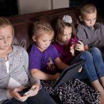 Fem gode tips til å hjelpe våre barn med bruk av teknologi